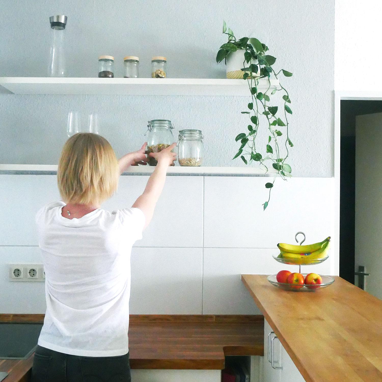 Küche Deko Regal Aufgeräumt Ordnung Ordnungscoaching Lisa Schäfer